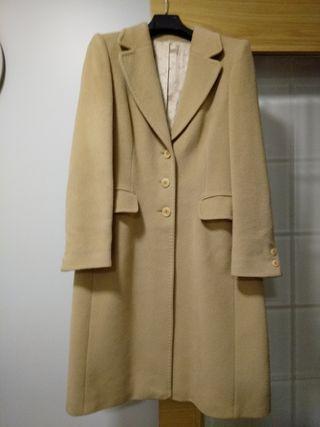 Abrigo de Mujer color Camel Talla 40/42