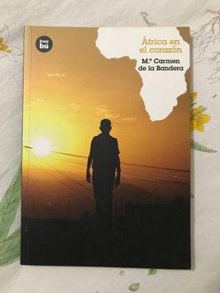 Africa en el corazón ( M Carmen de la bandera )