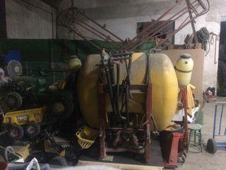 Máquina de herbicida