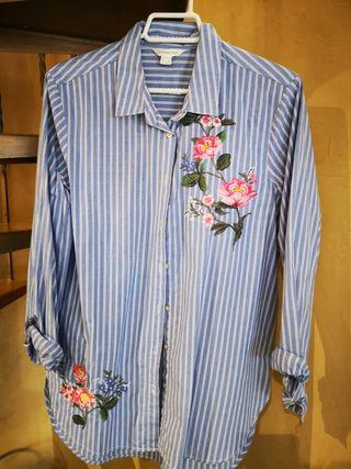 camisa bordado flores