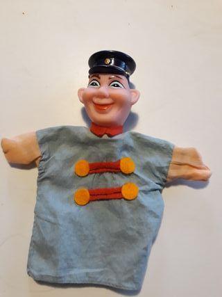 Marioneta o títere de guiñol antigua.