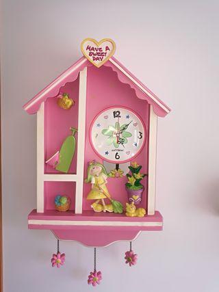 Reloj de pared infantil.