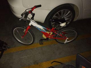 bicicleta niño 4 años aproximadamente