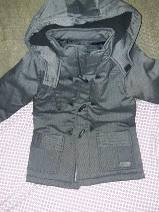 Abrigo negro de niño Talla 4