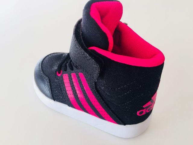 1cd235b99 ADIDAS. botas de niña nuevas. de segunda mano por 25 € en Canet de ...
