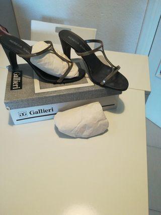 zapato sandalia fiesta tacón