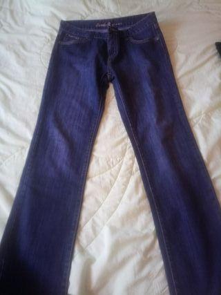 Pantalones tejanos 46