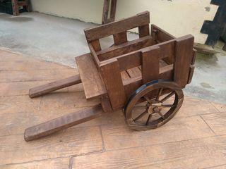Carrito de madera decoración