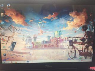 Portátil 17 pulgadas 2 gigas ram Windows 7