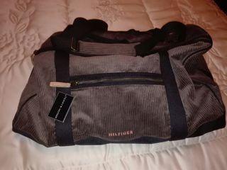 maleta bolsa TOMMY HILFIGER