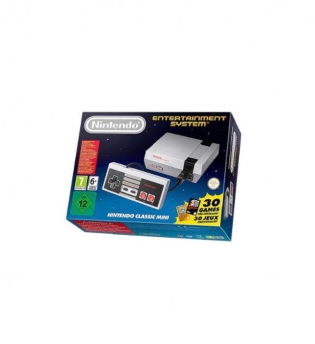Nintendo mini nes. Dos mandos