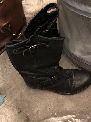 Botas de piel de tommy hilfiger