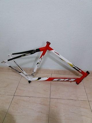 cuadro de bicicleta BH