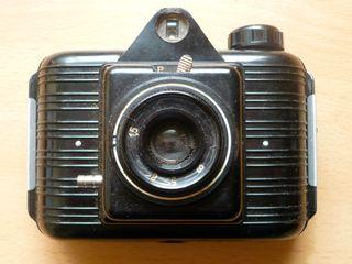 Antigua cámara de fotos de baquelita