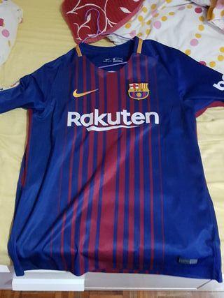 Camiseta del Barcelona Talla M con parches