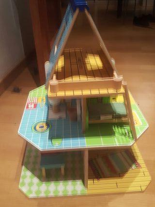 casa de muñecas de madera Amanda troupe