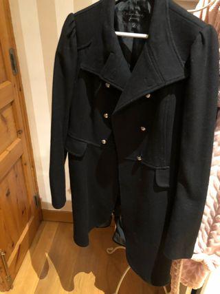 Abrigo negro Talla L