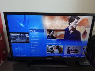 "Sharp 32"" Full HD TV. Perfect condition"