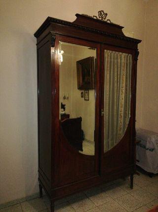 Dormitorio completo antiguo de caobilla