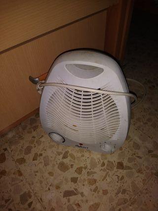 Calefactor de aire, AVERIADO. Avant, 2000W