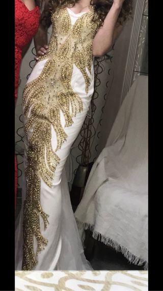b29cf5e84 Vestido de fiesta gitana de segunda mano en Madrid en WALLAPOP