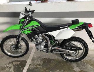 Kawasaki KLX 250cc año 2016.