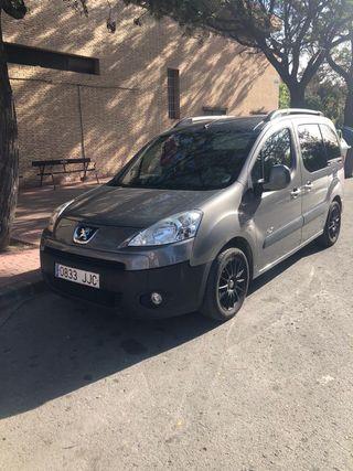 Peugeot vehículo familiar