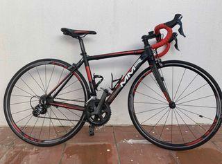 Bicicleta de carretera MMR