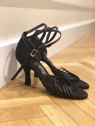 Chaussures De Danse Reine Seconde Main À Madrid Wallapop