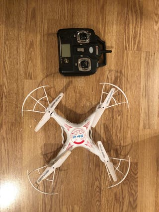 Dron 4 helices