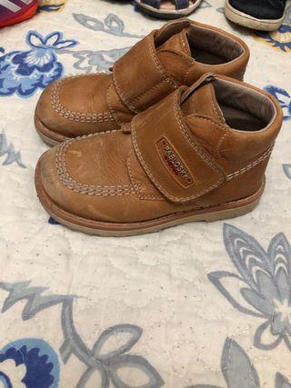 Zapatos pabloski niño talla 25