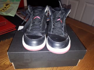 Girls jordan trainers
