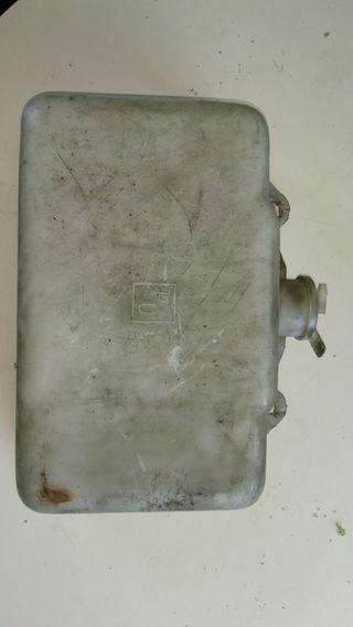 Deposito agua limpiaparabrisas MB N1300