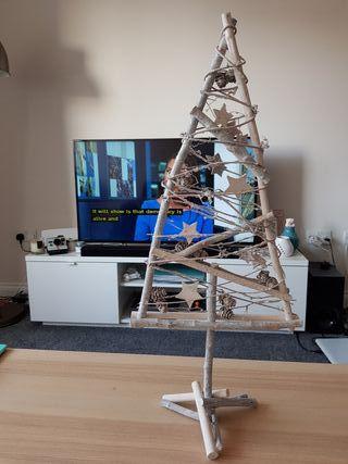 Wood-decor Christmas tree