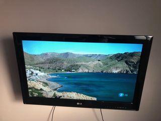 Tv LG + soporte pared+ Chromecast +mando