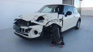 MINI COOPER D F56 - Accidentado