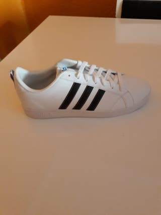 reputable site 89ae6 27c4f Zapatos Adidas de segunda mano en Valencia en WALLAPOP