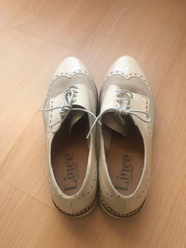 851ba587 Zapatos estilo masculino de mujer de segunda mano por 20 € en San ...