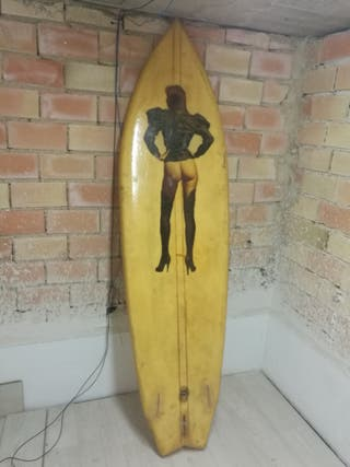 Tabla de surf fish antigüa (boots Boris Vallejo)