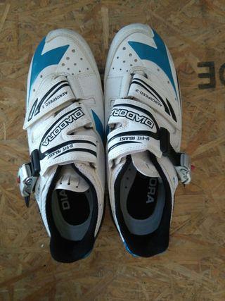 35 Zapatillas Mano Ciclismo En De € Por Zdwq1x0 Talla 37 Segunda Diadora lF13KuJTc