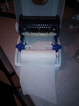 Dispensadores de toallas de papel secamanos