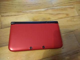 Nintendo 3DS XL y juego animal crossing