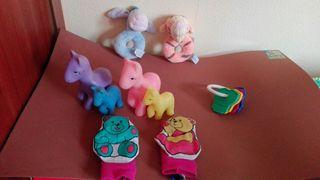 Lote de juguetes para bebés