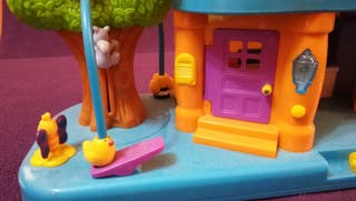 Casita de juguete con sonidos divertidos