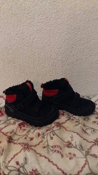 botas calentitas niño num 30.