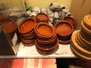 Cazuelas barro y tablas