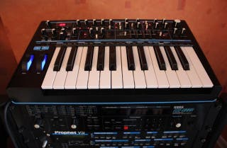 Sintetizador Novation Bass Station 2