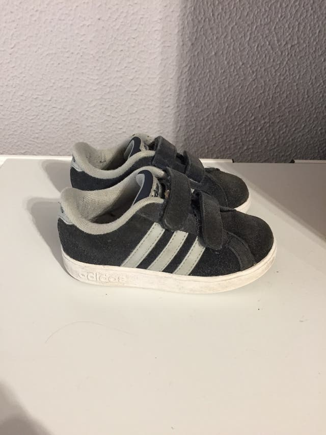 varios colores fábrica nueva estilos Zapatillas, niño, Adidas , Nike , NB, playeras de segunda ...