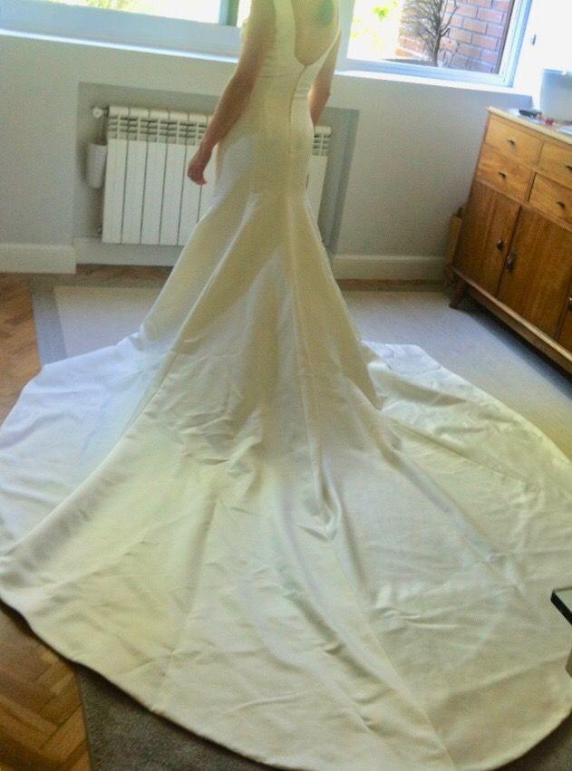 vestido de novia victorio & lucchino de segunda mano por 400