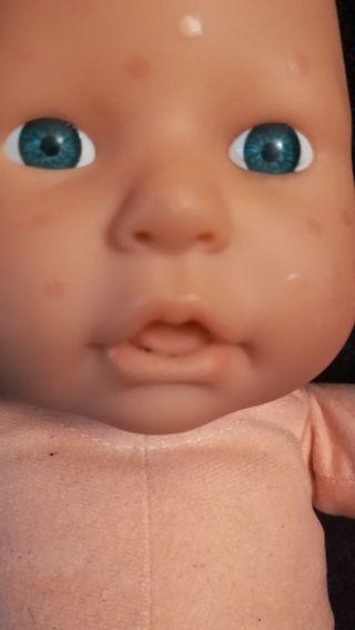 muñeco baby chou chou año 2000